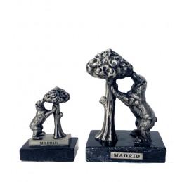 Ours et Arbousier métallique