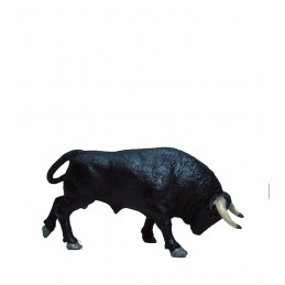 Toro Embistiendo Meskebous