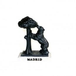 Figura de resina del osos y el madroño de madrid