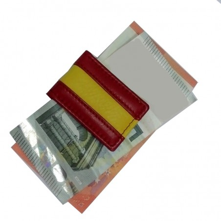 Magnet clip catches banknotes