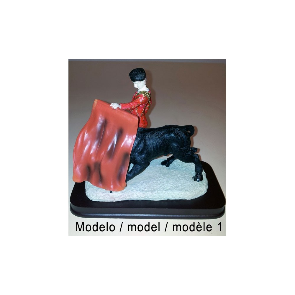 Bullfighters and bulls figures
