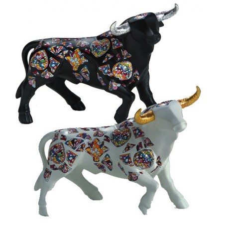 """Sirenes"" bull figure from Nadal"
