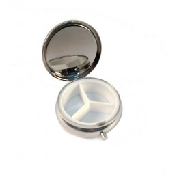 Capote model pillbox