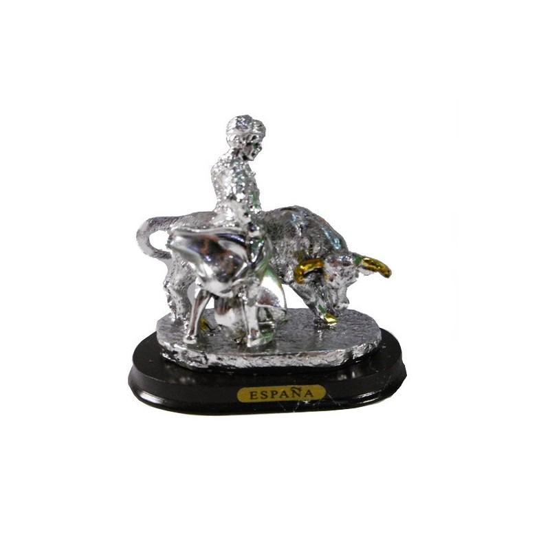 Bull and matador figure in silver of a Veronica
