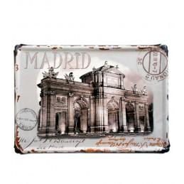 """Des plaques métalliques """"Madrid"""""""